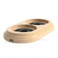 Рамка деревянная 2-х местная. С пластиковым фиксатором в комплекте.Натуральная